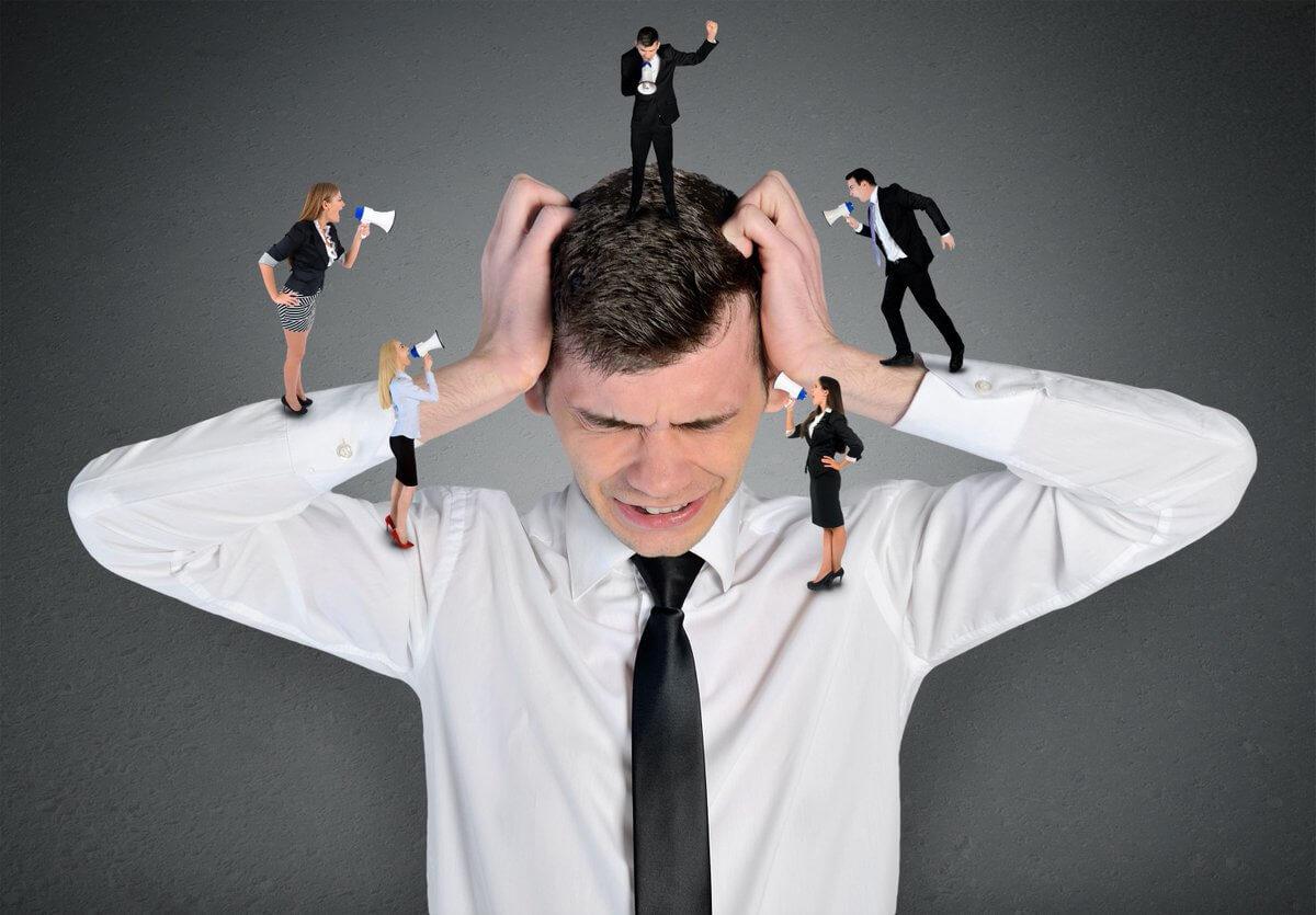 過度なストレスを受ける人