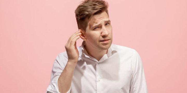 会話中耳を触る仕草の心理